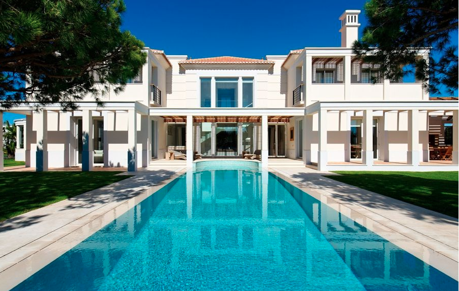 Top Property Abroad This Week